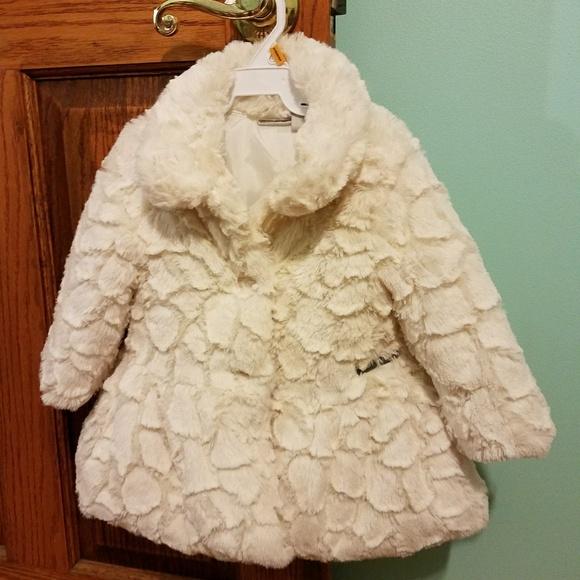 540c55b03 new design a60bf 7cfaf calvin klein baby girls crackled faux fur ...